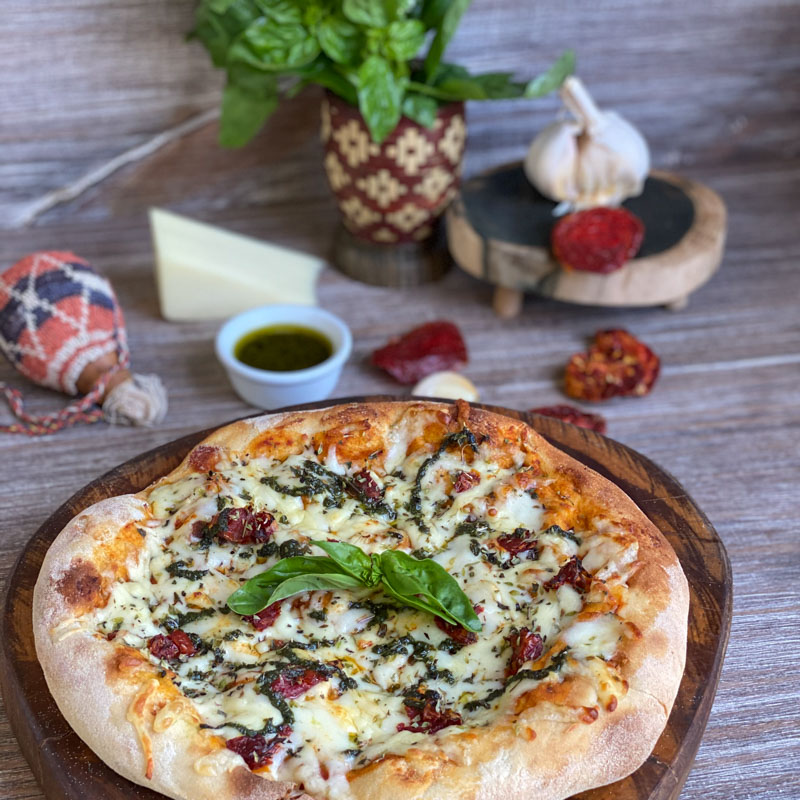 PIZZETA TOM SECO Y PESTO  7841537000117